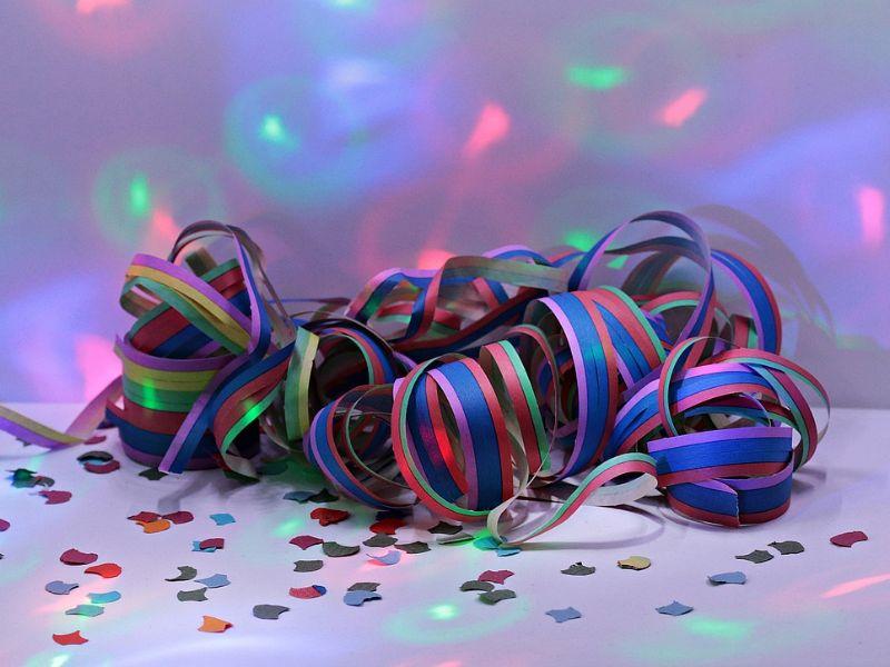 Luftschlangen im Karneval