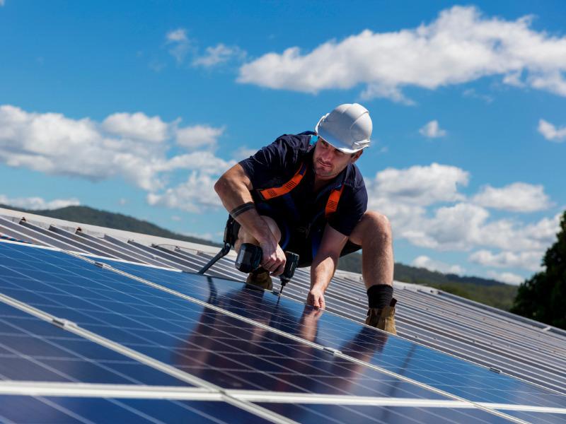 Solar - Bau Solaranlage