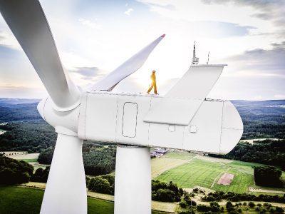 DEKRA prüft und akkreditiert Weiterbetrieb von alten Windkraftanlagen